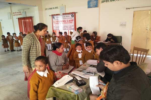 MVM School Kotdwar organized health camp for Students.